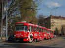 1628+29 se slušivou červenou reklamou na Nescafé